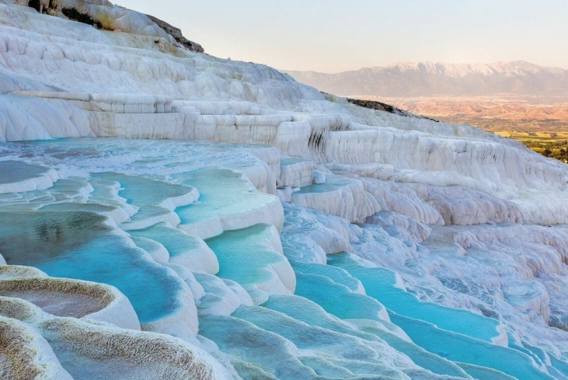 15 unbelievably beautiful places on Earth that are waiting for you