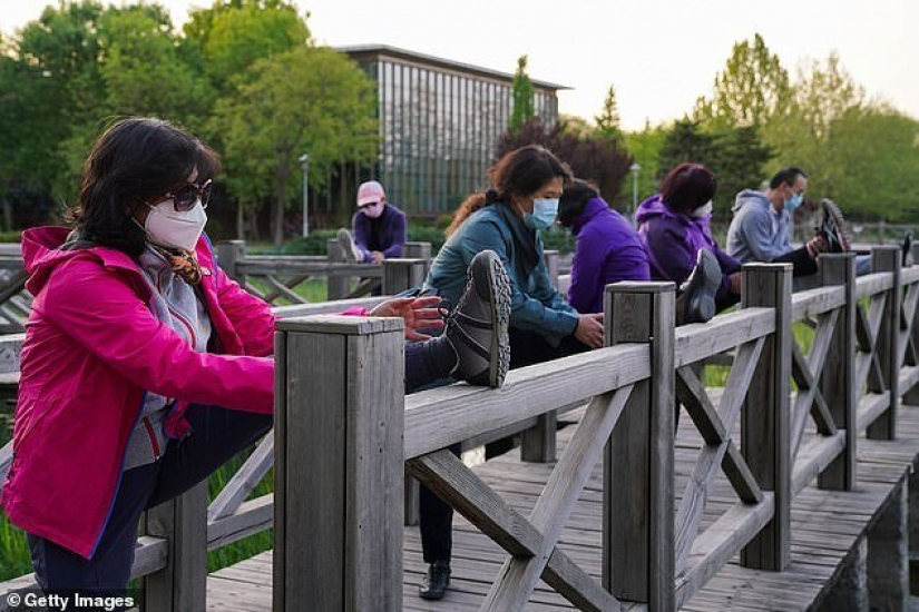 Attention runners! Why not wear a mask while Jogging