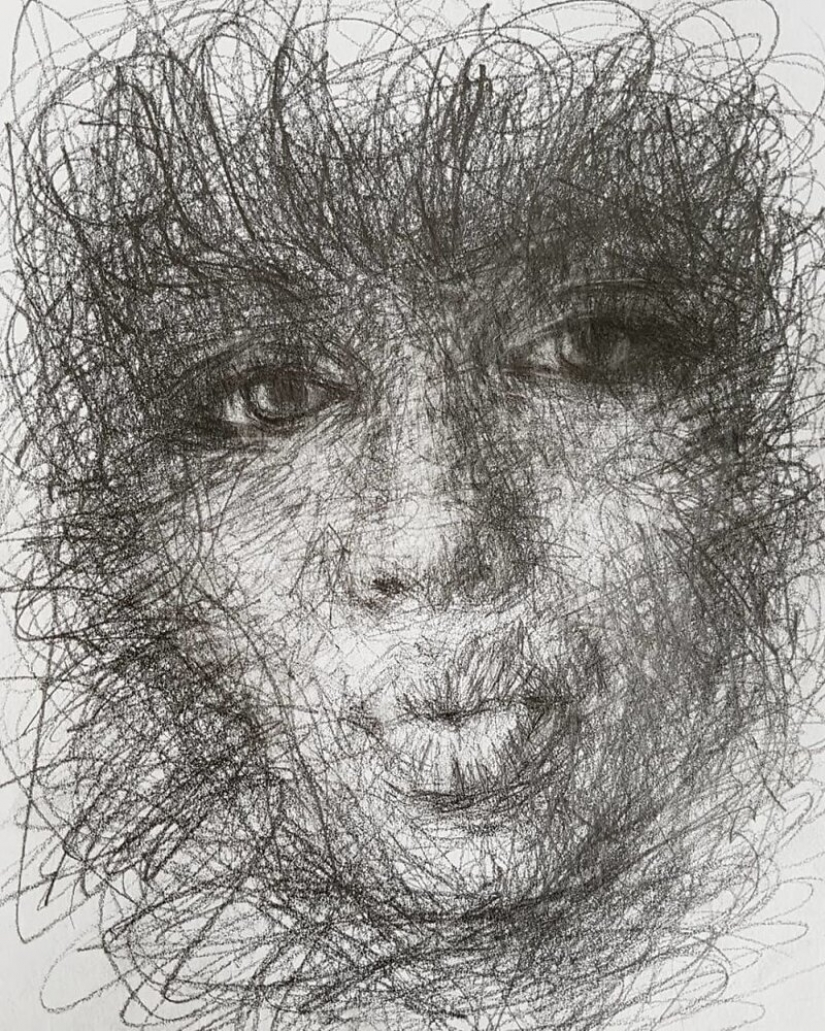 Doodle Liz Y Ahmet: artist creates unusual portraits of women from Karakul