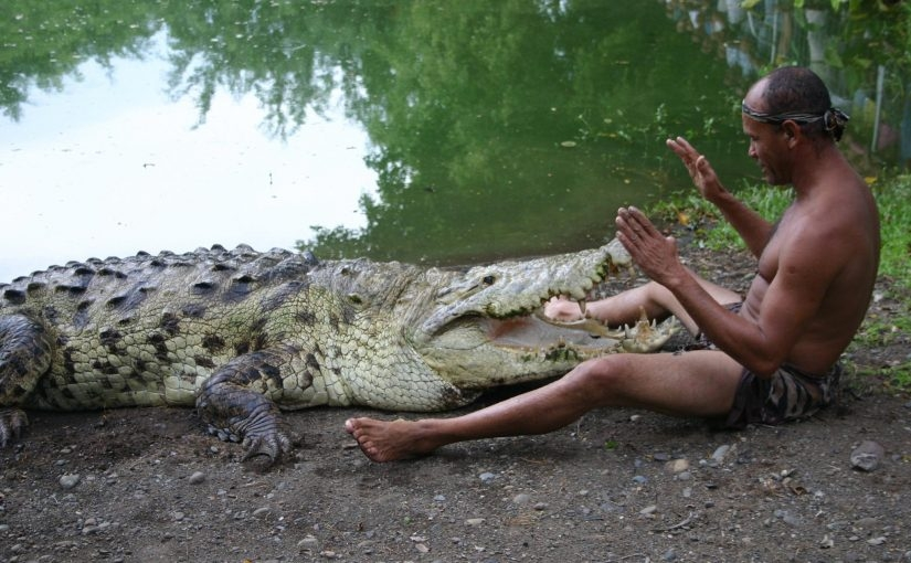 From sex with a crocodile before jumping into the ground: the most severe ways of male initiation