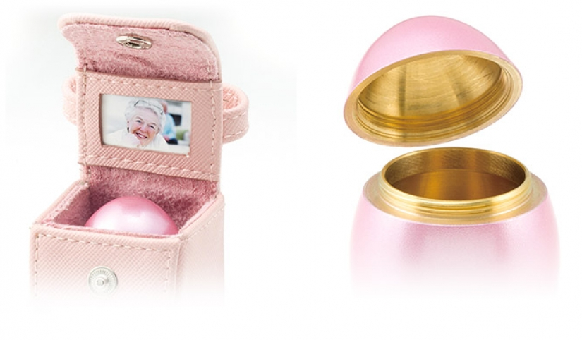 Grandma in your pocket, or Glamorous Japanese eggs with an unusual secret