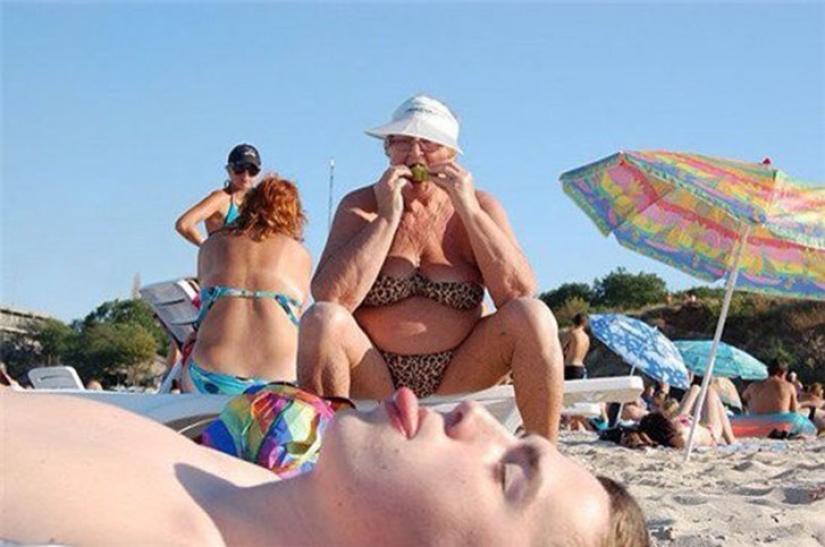 I lie on the beach: terribly beautiful vacationers, which can be found on any beach