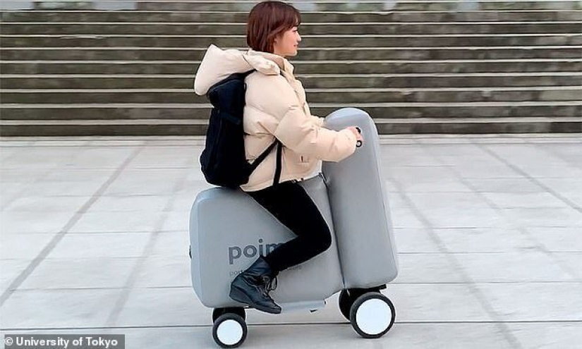 In Japan created a bouncy electro-scooter that easily fits in a backpack