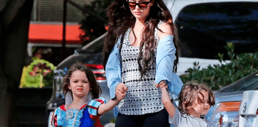 """Mama, I a Princess!"": 4 celebrities wearing sons as girls"