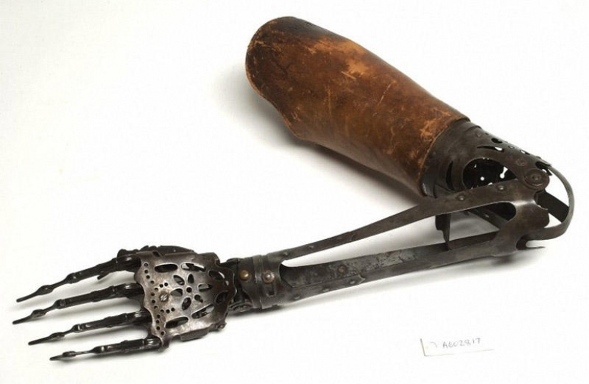 Medical instruments of the past — instruments of torture or lifeline