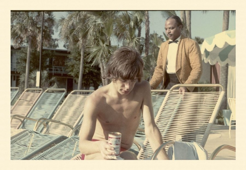 Previously unpublished photographs of the Rolling Stones