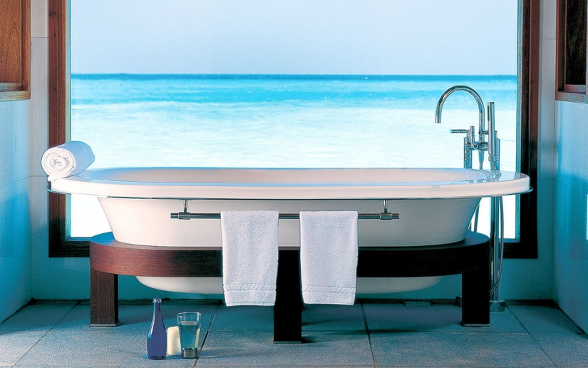 Recumbent tour: 9 best bathtubs on the planet