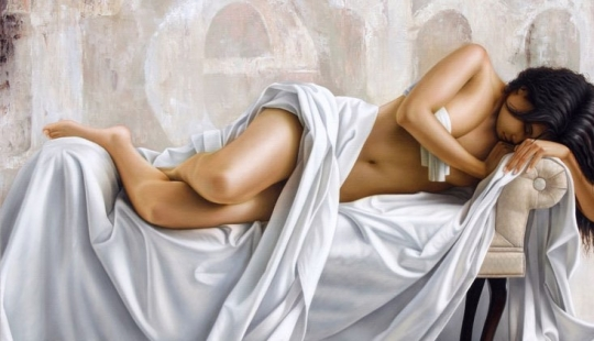 Seductive masterpieces of the king of hyperrealism Omar Ortiz