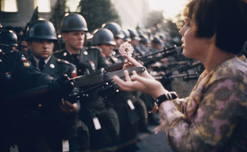 Strong weaker sex: the most striking photos of women's protest movements