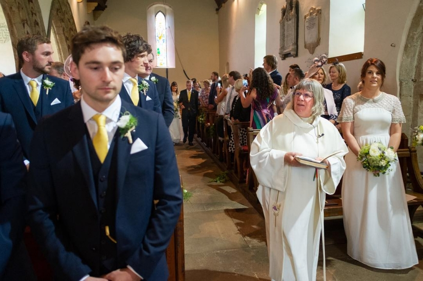 The most honest footage from the weddings from British photographer Ian Weldon