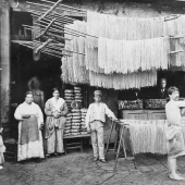 When hung noodles: manufacture of spaghetti at the beginning of the XX century