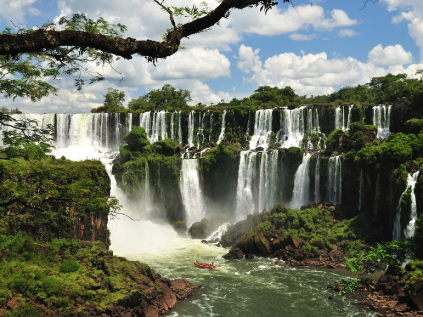 10 stunning natural wonders everyone should see in their life