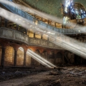 Abandoned places in pictures by Vincent Jansen