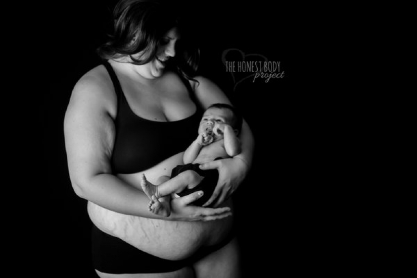 Candid photo project: how to actually look women after childbirth