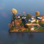 Corner of Paradise: a cosy island on a lake in Germany — the perfect hideaway