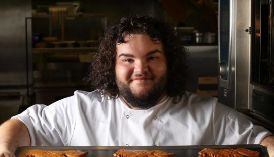 Game of Thrones 'Pie' opened his own bakery
