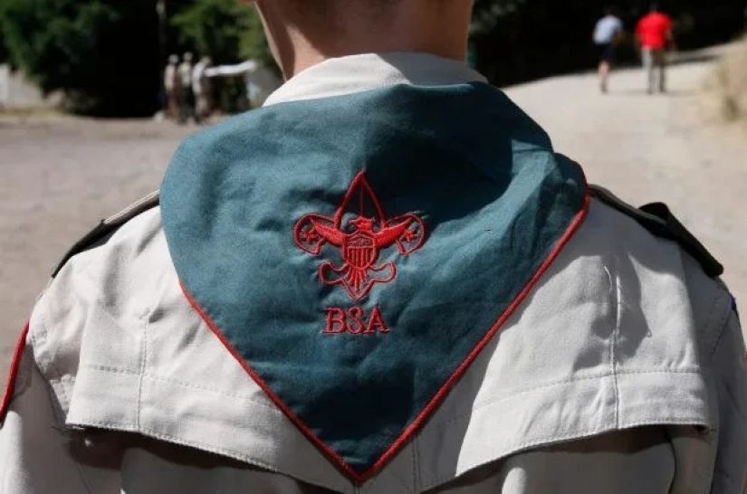 Violence and pedophilia in the units of the boy scouts: the story of 5-year-old Mary
